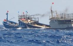 Tàu Trung Quốc cướp tài sản, đâm hỏng tàu cá Việt Nam