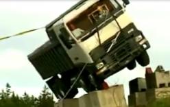 Video: Khi gặp tai nạn dây an toàn có tác dụng như thế nào