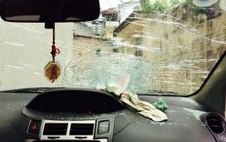 Ô tô bị ném đá trên cao tốc, một phụ nữ bị ngất xỉu