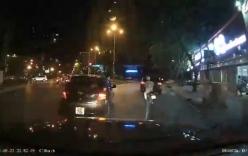 Thanh niên đi ôtô nhảy xuống truy đuổi xe máy vì bị tạt đầu