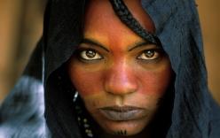 """Khám phá bộ lạc du mục """"nữ quyền"""" bí ẩn ở sa mạc Sahara"""