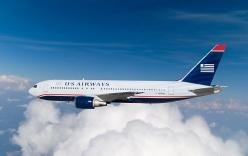 Vừa ra khỏi máy bay, hành khách bị sét đánh trúng