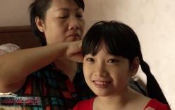 Video: Bé gái bất ngờ hồi tỉnh sau khi rút ống thở