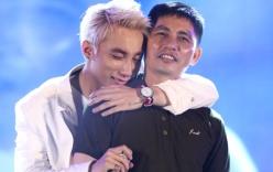 Đại tiệc sinh nhật: Sơn Tùng M-TP ôm bố òa khóc trên sân khấu
