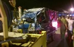 Cả gia đình thiệt mạng sau khi va chạm với xe tải