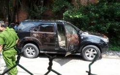 Bí thư huyện ủy chết bất thường trong xe ô tô