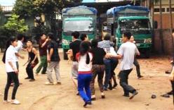 Dân đánh nhau trước mặt Phó Chủ tịch xã