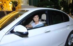 Siêu mẫu Vĩnh Thụy một mình lái siêu xe đi diễn