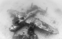 Cận cảnh nghĩa địa máy bay khổng lồ dưới đáy Thái Bình Dương
