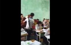 Nam sinh tỏ tình với bạn gái ngay trong lớp học