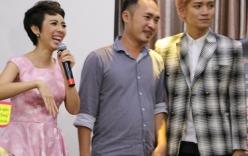 Thu Trang cười tươi bên chồng trong ngày ra mắt phim