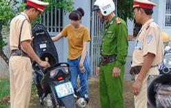 Bản tin 113 – sáng 7/8: Thiếu nữ 18 tuổi đi xe máy, trong cốp có 2kg...thuốc nổ…