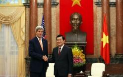 Ngoại trưởng Mỹ John Kerry đến Việt Nam