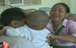 Xúc động giây phút bé trai 1 tuổi bị bán sang Trung Quốc đoàn tụ với mẹ