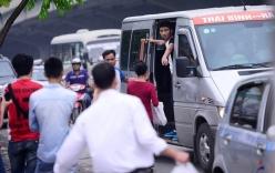 """Hà Nội: CSGT đề xuất """"phạt"""" cả hành khách bắt xe dọc đường"""