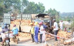 Ô tô khách đối đầu xe chở gạch, 7 người bị thương