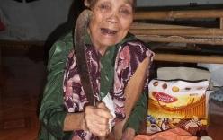 Cụ bà 90 tuổi với hơn 70 năm chữa rắn cắn tiết lộ