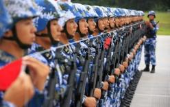Binh sĩ Trung Quốc lập kỷ lục không nháy mắt gần một giờ