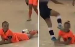Video: Nữ cầu thủ futsal