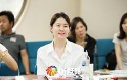 Giải trí - Ngắm nhan sắc không tuổi của Lee Young Ae ở tuổi 44