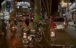 Phẫn nộ cảnh thanh niên bị 3 người vây đánh hội đồng giữa phố
