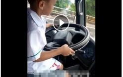 Quảng Ninh: Bé trai 6 tuổi lái ô tô gây xôn xao