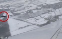 Video: Quay được cảnh vật thể bí ẩn suýt đâm vào máy bay