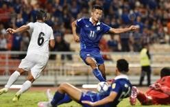 Cầm hòa Iraq, Thái Lan giữ vững ngôi đầu bảng