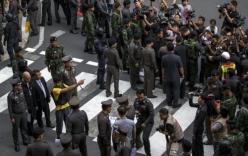 Nghi phạm đánh bom ở Bangkok tái hiện lại hành vi gây án