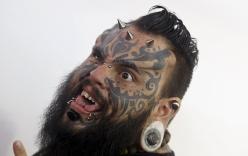 Những bức ảnh đáng sợ nhất trong lễ hội xăm mình Cali