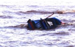 Tàu cá Kiên Giang bị chìm, 21 ngư dân trôi dạt trên biển