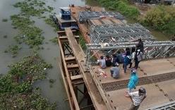 Đôi nam nữ rớt xuống sông khi qua cầu tạm: Tìm thấy thi thể cô gái