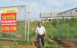 Cao tốc Nội Bài – Lào Cai: Dân phá rào để đón xe, bán trà đá