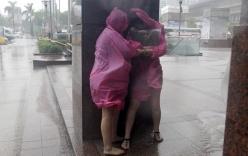 Siêu bão Dujuan đổ bộ vào Đài Loan, hơn 300 người thương vong
