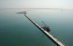 Cận cảnh vẻ đẹp cây cầu vượt biển của Nga tới bán đảo Crimea từ trên cao