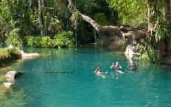 Trải nghiệm những trò chơi dưới nước thú vị tại Vang Viêng