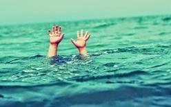 Đi tắm biển, hai du khách bị chết đuối