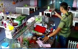 Nam Định: Thanh niên lừa bé gái, nhanh tay trộm Iphone
