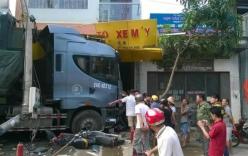 Xe tải đầu kéo không người lái gây tai nạn liên hoàn ở Lào Cai