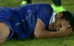 Video: Cầu thủ U19 Thái Lan ăn vạ thô thiển khiến đối phương bị thẻ đỏ