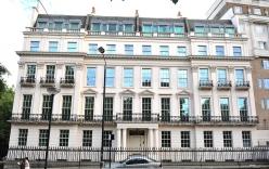 Bán rẻ nội thất dát vàng của biệt thự hàng trăm bảng Anh