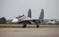 """Tại sao không kích của Nga ở Syria """"lợi hại"""" hơn Mỹ?"""