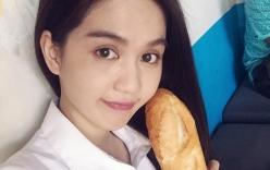 Facebook sao Việt: Ngọc Trinh khoe bữa sáng chỉ với một cái bánh mỳ
