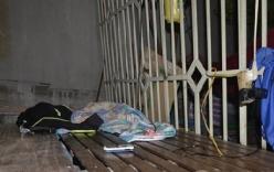Bé trai 13 tuổi tử vong khi sử dụng điện thoại đang sạc