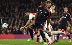 Giroud thừa nhận ghi bàn bằng tay vào lưới Bayern