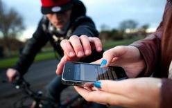 Kỹ năng xử lý tình huống khi bị giật điện thoại ngoài đường