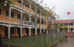 Trường học mới xây đã lún cả mét, do đâu?