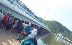 Lật thuyền, ba thanh niên rơi xuống sông