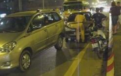 Video: Tai nạn liên hoàn trên cầu vượt Mai Dịch