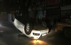 Xe Mercedes gây tai nạn liên hoàn trước cửa vũ trường